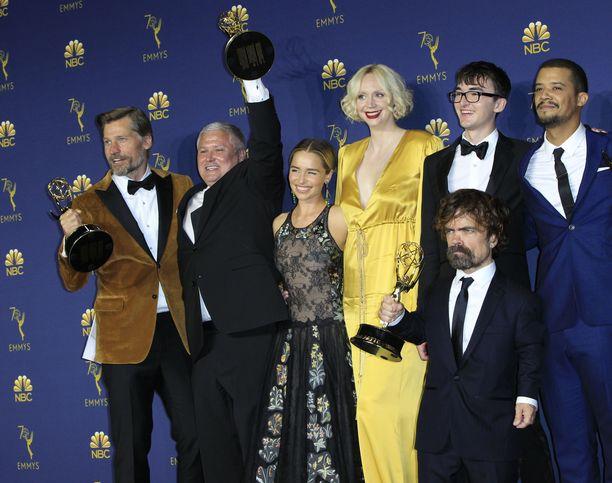Game of Thrones -sarjan tähdet palkintohumussa.