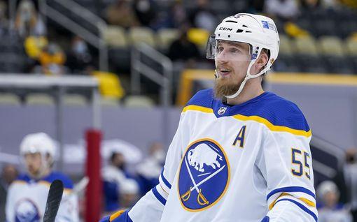 Leijonilla huippunimekäs NHL-pelaajien kokoontuminen – Rasmus Ristolainen jäi ilman kutsua!