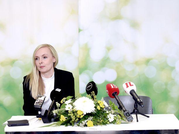 Sisäministeri Maria Ohisalo (vihr) ei suostunut kertomaan Iltalehdelle, milloin Suomen hallitus päättää al-Holin ns. ISIS-leirin suomalaislasten kohtalosta.