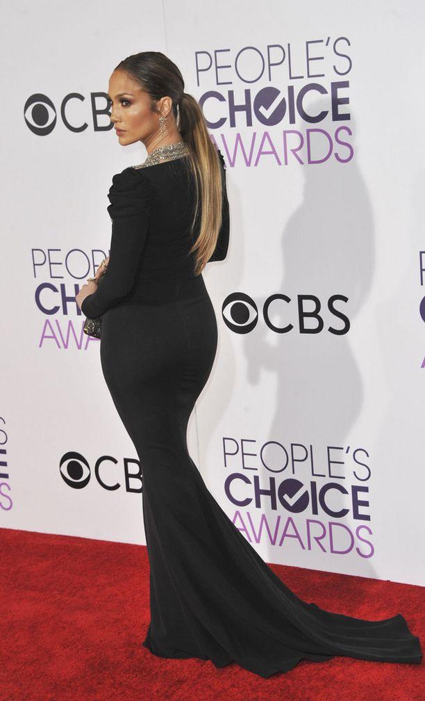 Jennifer Lopez omisti maailmankuulun pepun jo ennen Kim Kardashania.