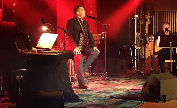 Jari Sillanpää nousi lauantaina lavalle Kajaanissa.