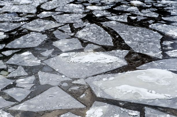 Jäänmurtajat ovat joutuneet tänä talvena töihin lähinnä Perämeren pohjoisosissa.