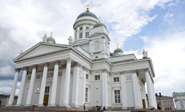 Helsinki on suomalaisten suosituin matkakohde tänäkin pääsiäisenä.