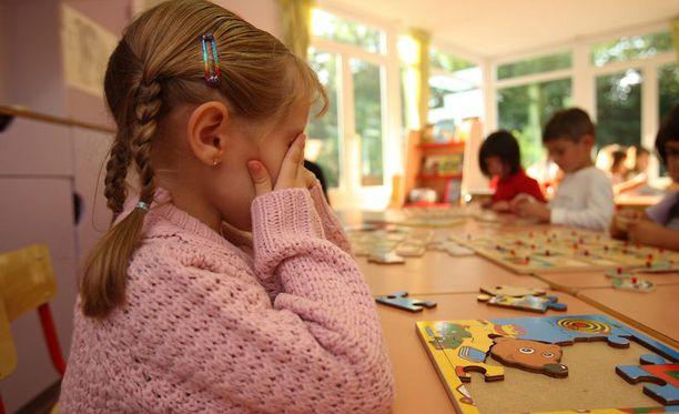 Lasten riehuminen päiväkodeissa on aiempaa yleisempää. Kuva ei liity tapaukseen.