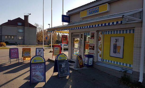 41,6 miljoonan suuruinen Eurojackpot-voitto osui perjantaina Savonlinnan Kerimäelle. Voittokuponki täytettiin paikallisella R-kioskilla.