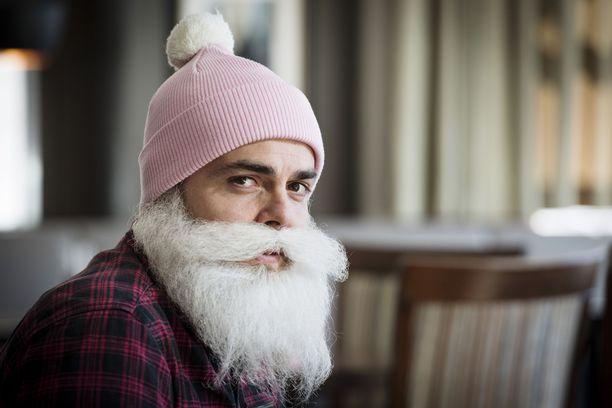 Brother Christmas eli Ari Koponen on Helsingin Sanomien mukaan lähdössä perussuomalaisten ehdokkaaksi eduskuntavaaleihin.