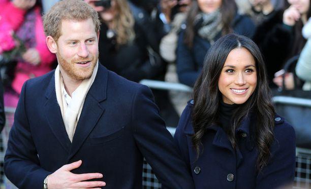 Prinssi Harryn Meghan-kihlattu saa kuningattarelta erityiskohtelua.