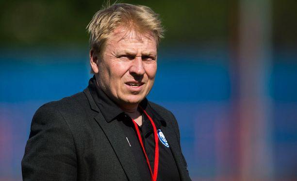 HJK:n toimitusjohtaja Aki Riihilahti oli paikalla Eurooppa-liigan karsintakierroksen arvonnassa.