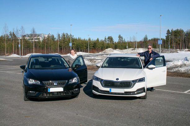 Maarit Räinä hankki kaasukäyttöisen Seat Leon TGI:n marraskuussa. Janne Räinä on ajanut kaasuautolla jo pitkään.