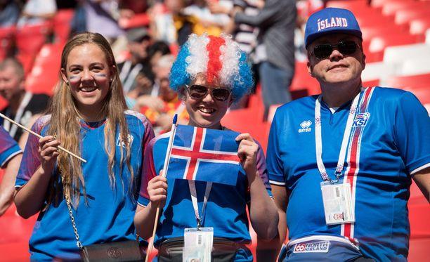 Jalkapallomaajoukkueen otteet kiinnostavat islantilaisia.