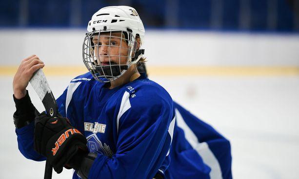 Leevi Selänne on kesällä osallistunut Teemu Selänne Akatemian harjoituksiin Espoon Metro Areenassa.