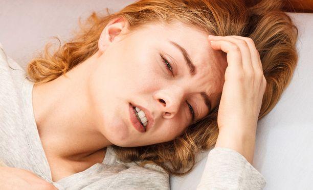 Jos kuumeeseen liittyy kovaa päänsärkyä tai oksentelua, kannattaa ottaa yhteys lääkäriin.