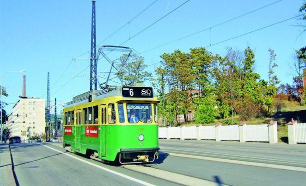 HKL luopuu liikennekäyttöön soveltumattomista ja käytöstä poistetuista vanhoista raitiovaunuista.