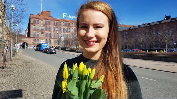 Vihreiden 24-vuotias Iiris Suomela on eduskunnan nuorin kansanedustaja.