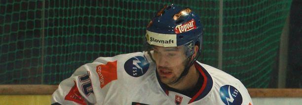 Peter Olvecky on esiintynyt myös Slovakian maajoukkuepaidassa.