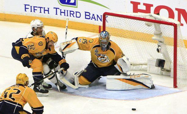 Nashville Predatorsin maalivahti Pekka Rinne on saanut jälleen erinomaisesta torjuntavireestä kiinni.