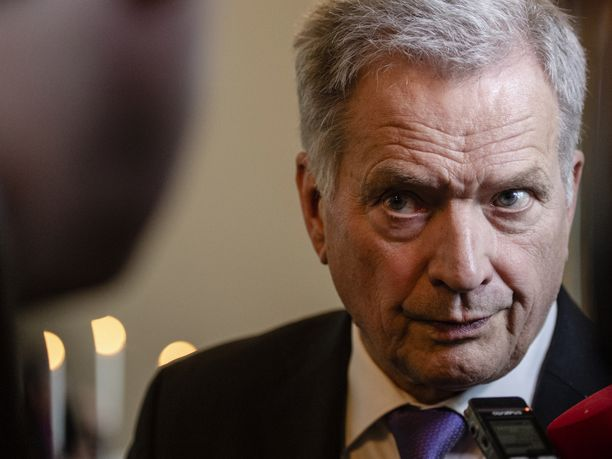 Sauli Niinistö otti esiin uudenvuoden puheessaan koronaviruksen lisäksi ilmastonmuutoksen ja kansainväliset poliittiset voimasuhteet.