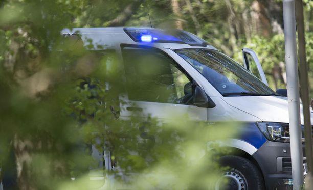 Poliisi tiedotti Alavieskassa sattuneesta kuolonturmasta. Kuvituskuva.