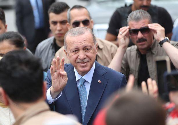 Erdogan on johtanut Turkkia käytännössä jo 15 vuotta.