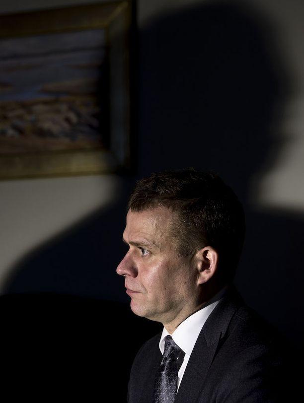 Kokoomuksen puheenjohtaja Petteri Orpo myöntää työilmapiiriongelmat puolueen sisällä mutta sanoo, että niihin on jo puututtu.