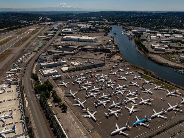 Yhdysvaltalaisen Boeingin 737 Max -koneet ovat olleet maailmanlaajuisessa lentokiellossa maaliskuusta lähtien.