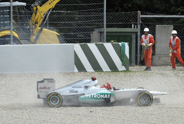 Michael Schumacherin Mercedes-kaudet olivat tuskaista seurattavaa saksalaisen faneille.