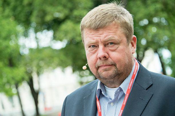 Pekka Perän puolustus iloitsee hovioikeuden antamasta tuomiosta koskien arvopaperimarkkinoita koskevaa tiedottamisrikosta.