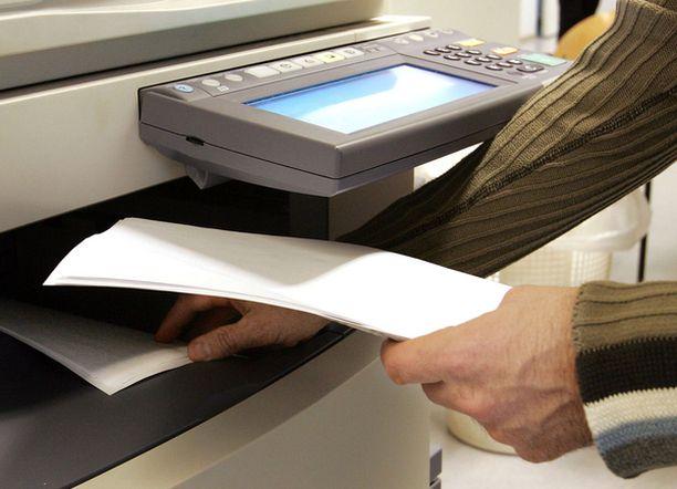 Säästöohjelmaa seurataan mm. tulostimiin asetetuilla laskureilla.