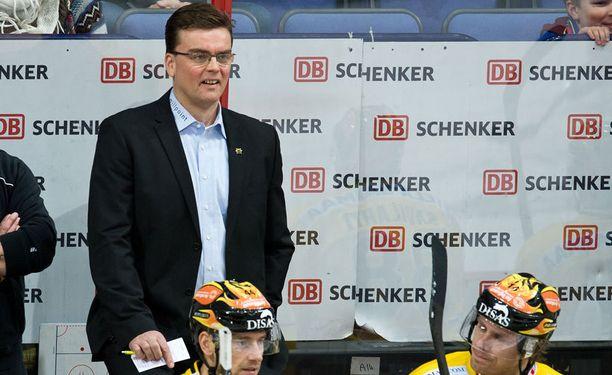SaiPan päävalmentaja Pekka Tirkkonen ei halunnut kommentoida Dave Spinan poissaoloa.
