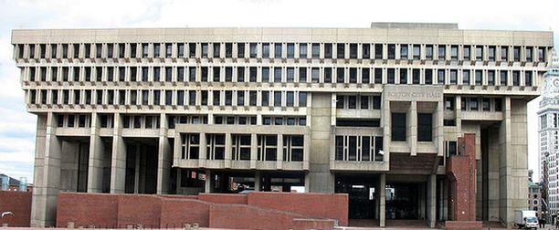 1. Bostonin kaupungintalo valittiin maailman rumimmaksi nähtävyydeksi.