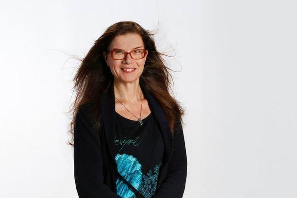 Vuoden psykologi Minna Martin muistuttaa, että pieni esiintymisjännitys voi jopa parantaa esiintymistä.