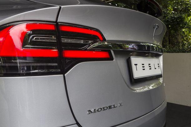 Kiinan suunnittelemat vastatullit vaikuttaisivat muun muassa amerikkalaiseen sähköautovalmistaja Teslaan.