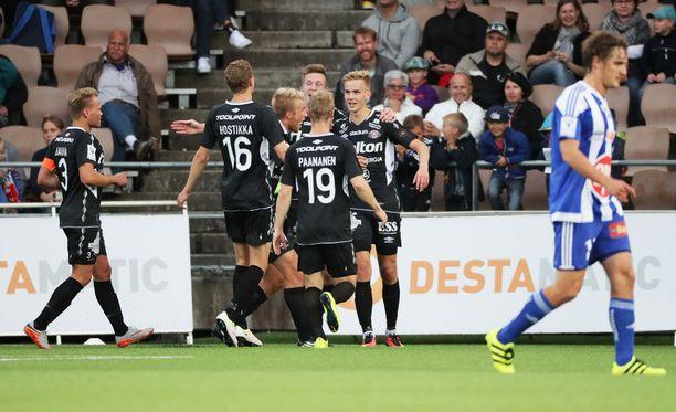 FC Lahti tuuletti Sonera-stadionilla maalia peräti neljästi.