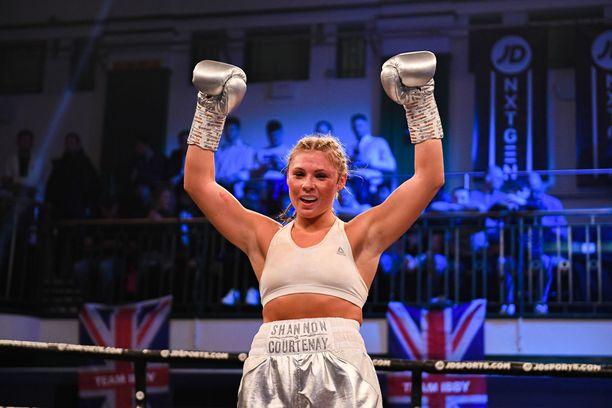 Joulukuussa Shannon Courtenay tuuletti voittoa Buchra El Quaissista.