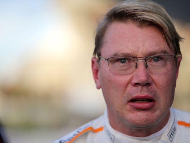 Mika Häkkinen kaipaa kilpailua myös rengaspuolelle.
