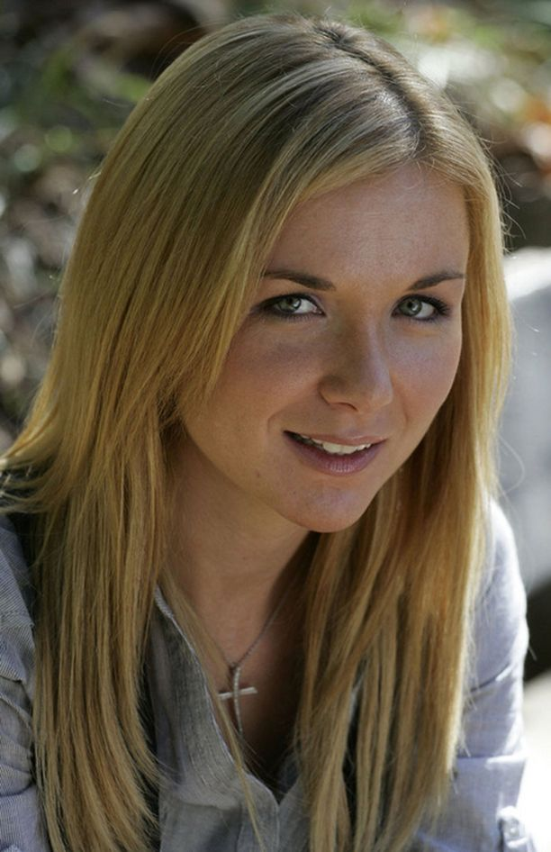 Violet Kowal väittää olleensa suhteessa Gibsoniin Oksanan odottaessa Lucia-tytärtä.