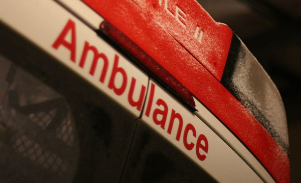 Ambulanssi ei nähnyt tarpeelliseksi käydä paikan päällä potilaan luona. Kuvituskuva.
