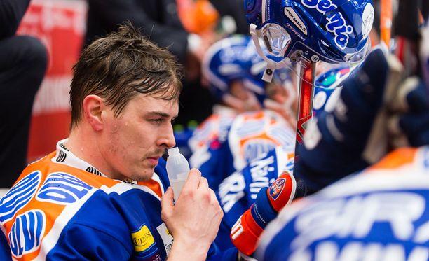 Kristian Kuusela haki lisäterävyyttä ammoniakista.