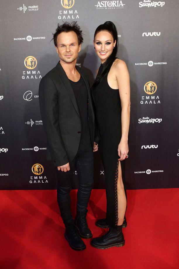 Pari edusti ensimmäistä kertaa yhdessä Emma-gaalassa helmikuussa.