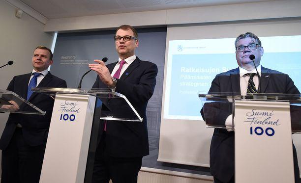 Järjestelyt saattavat vaatia joitakin uhrauksia keskustalta ja kokoomukselta, kirjoittaa Juha Keskinen.