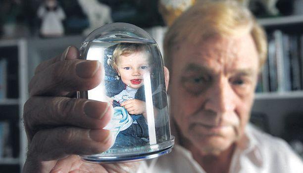 KUUKAUDEN PIINA Paavo Salonen ei ole nähnyt poikaansa yli kuukauteen.