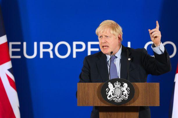 Britannian pääministeri Boris Johnson osallistui tiedotustilaisuuteen Brysselissä torstaina.