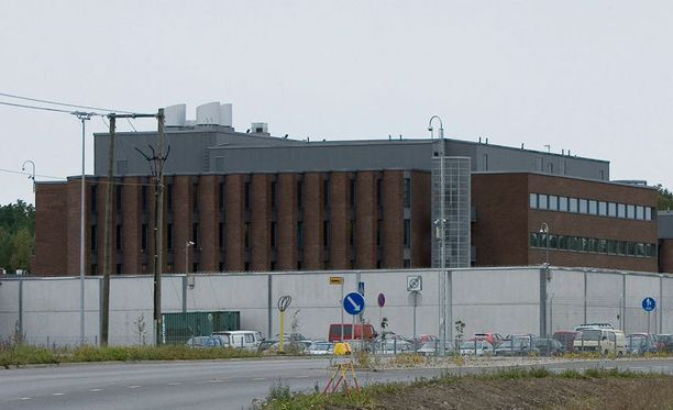 Suomalaisvanki sai omaksi onnekseen siirron Turkuun. Kuvassa Turun Saramäen vankila.