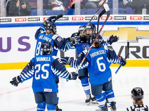 Suomi juhli 4-0-voittoa Venäjää vastaan.