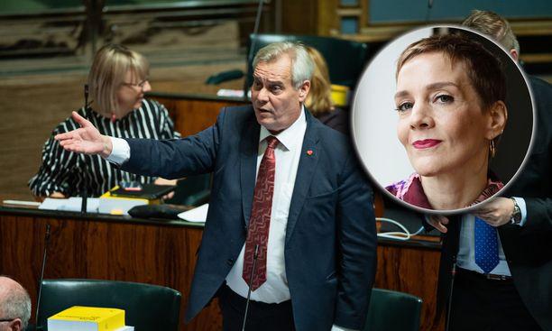 – Pelletouhua, kommentoi Antti Rinne kyselutuntia Maria Veitolalle.