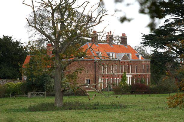 Anmer Hall sijaitsee Norfolkissa.
