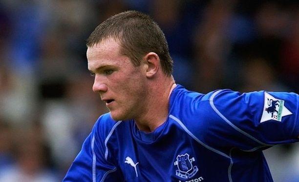 Tältä näyttää nuori Wayne Rooney. Hän aloittaa valioliigataipaleensa 16-vuotiaana vuonna 2002 Evertonin riveissä.