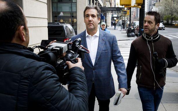 Donald Trumpin pitkäaikainen henkilökohtainen asianajaja Michael Cohen on ollut rikostutkinnan alaisena jo kuukausien ajan, Yhdysvaltain oikeusministeriö ilmoitti perjantaina.
