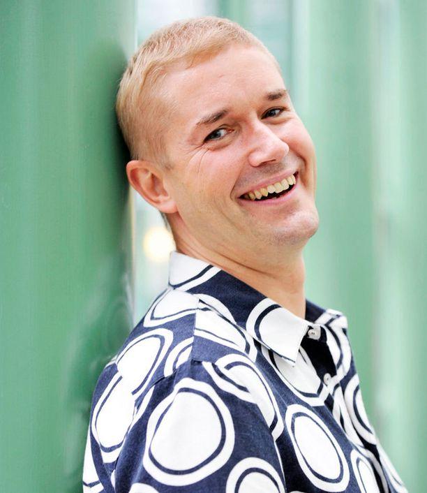 ISO MUUTOS Marco Bjurström ei ole aiemmin työskennellyt uutismaailmassa.