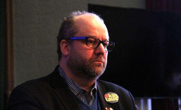 AKT järjestää työnseisauksen 2. helmikuuta aktiivimallin vastustamiseksi. Kuvassa AKT:n puheenjohtaja Marko Piirainen.